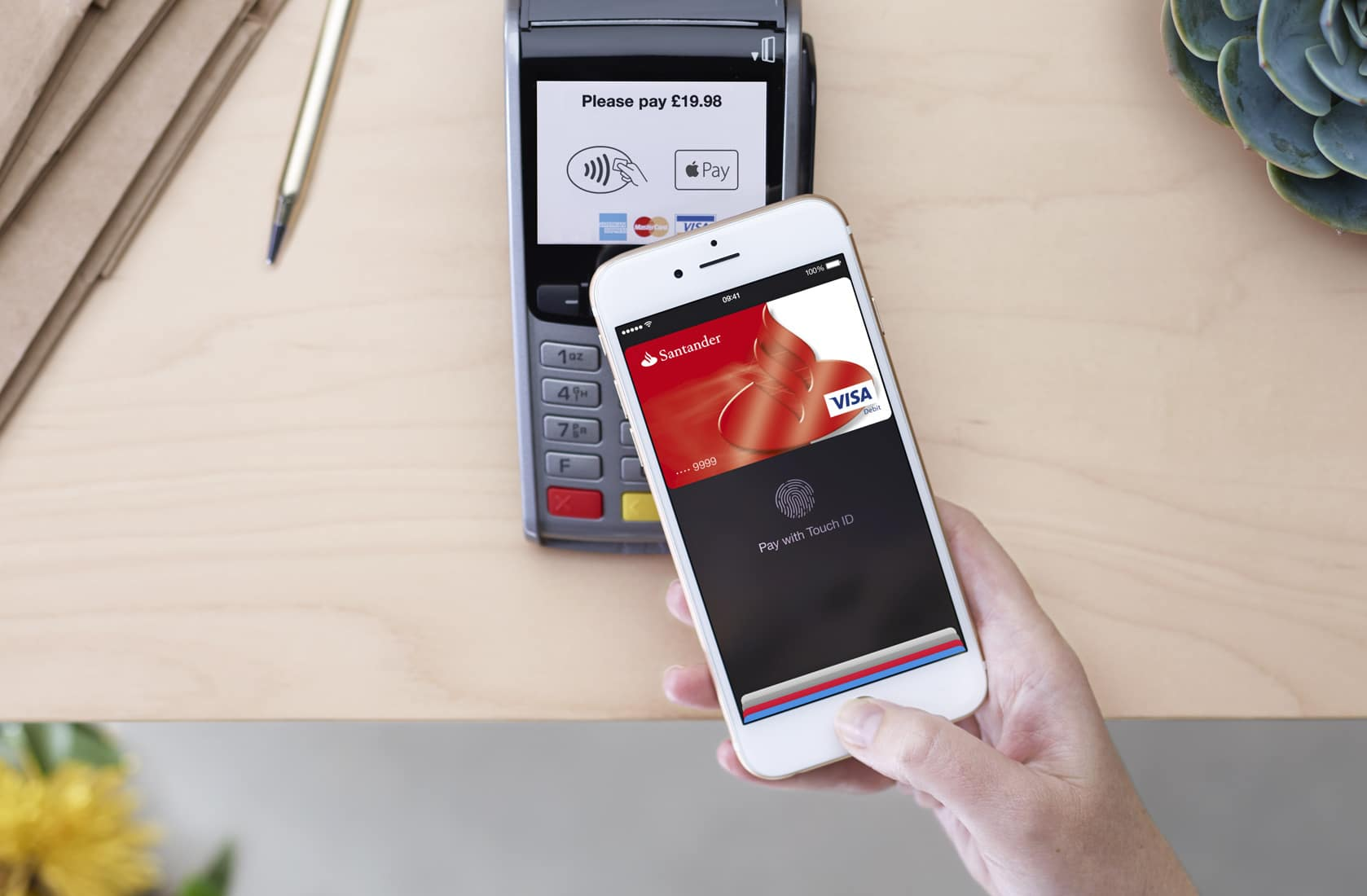 Apple Pay will never become mainstream in the UK because it is not easier than contactless payment.